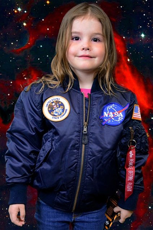 nasa-astronaut-costume-for-girls_ulu9jc.jpg