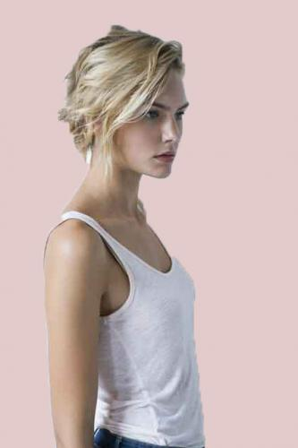 Teen blonde-hair.jpg